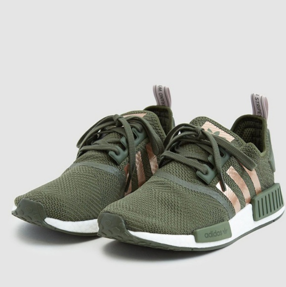 New ADIDAS NMD _R1 W green and rose gold 8 NWT